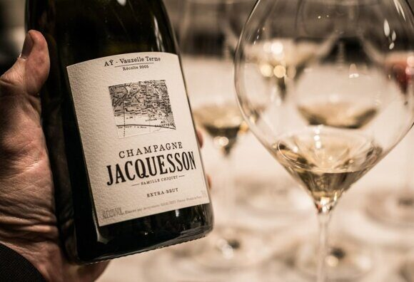 jacquesson-ay-and-glass-e1487792609683