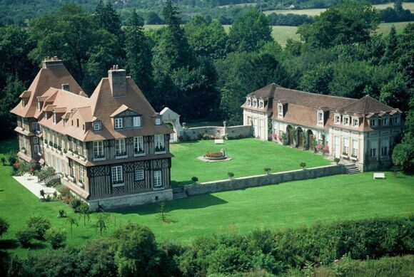 chateau-breuil-home